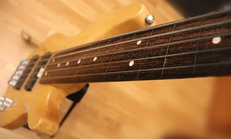 Инструменты сессионного бас-гитариста: безладовая бас-гитара