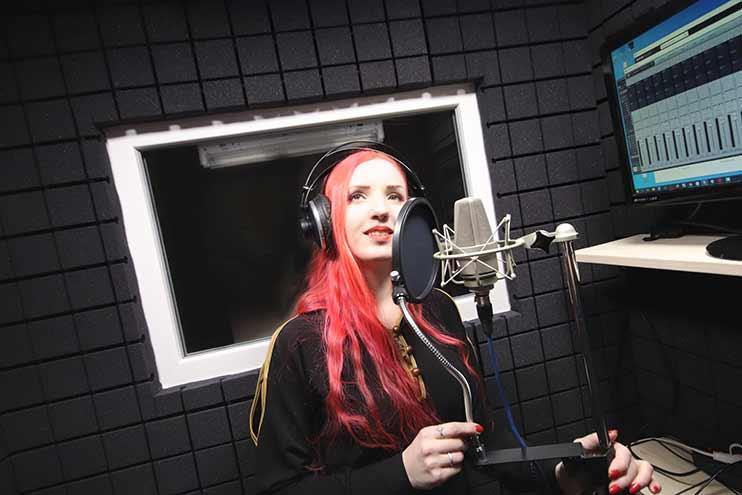 Профессиональная запись вокала в студии Vivaldi