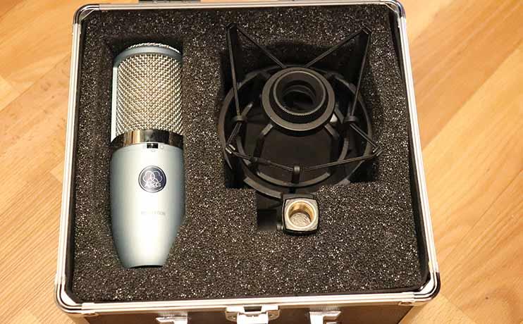 AKG Perception 420 - конденсаторный микрофон для записи своих треков
