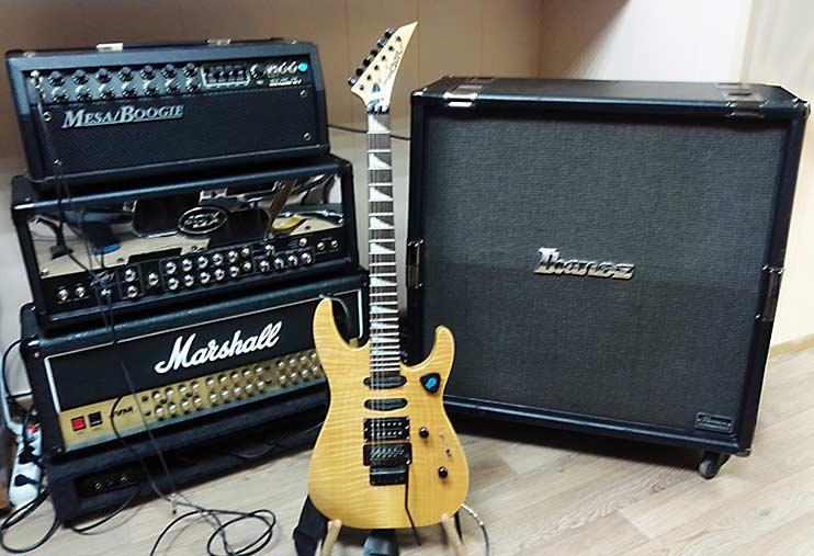 Ламповые гитарные усилители и кабинет 4х12